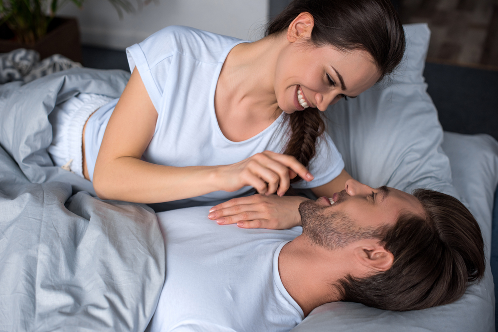 Amore Couple in bed